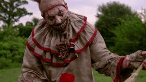 American-Horror-Story-saison4-Freak-Show-clown