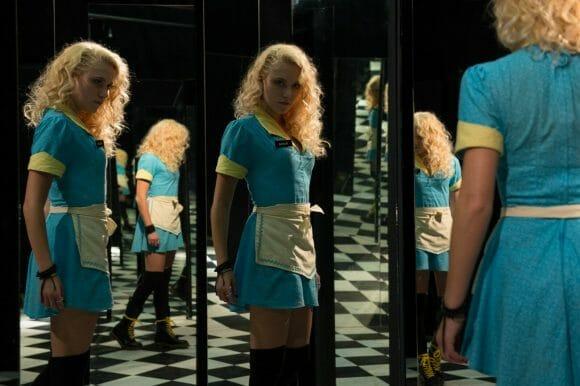 The-Guest-Maika-Monroe