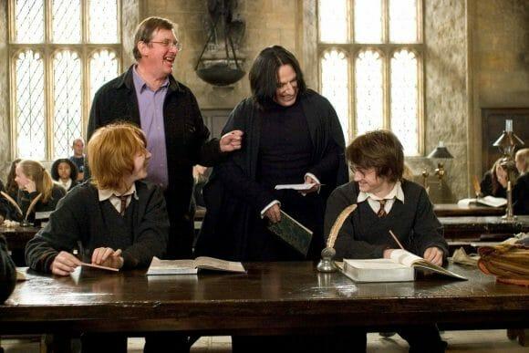 Behind-the-scenes-of-Harry-Potter-Alan-Rickman-severus-snape-16080595-2560-1707
