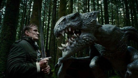 King-Rising-2-Les-deux-mondes-Dolph-Lundgren-et-le-dragon