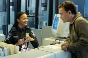Le-Terminal-Tom-Hanks-Zoe-Saldana