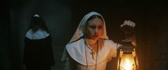 La-Nonne-Taissa-Farmiga