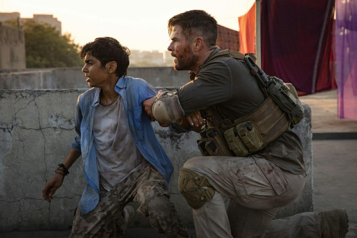 Tyler-Rake-Extraction-Chris-Hemsworth
